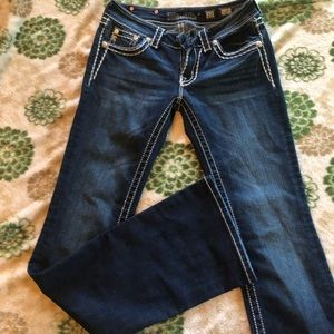 Size 27 NWOT Miss Me Jeans